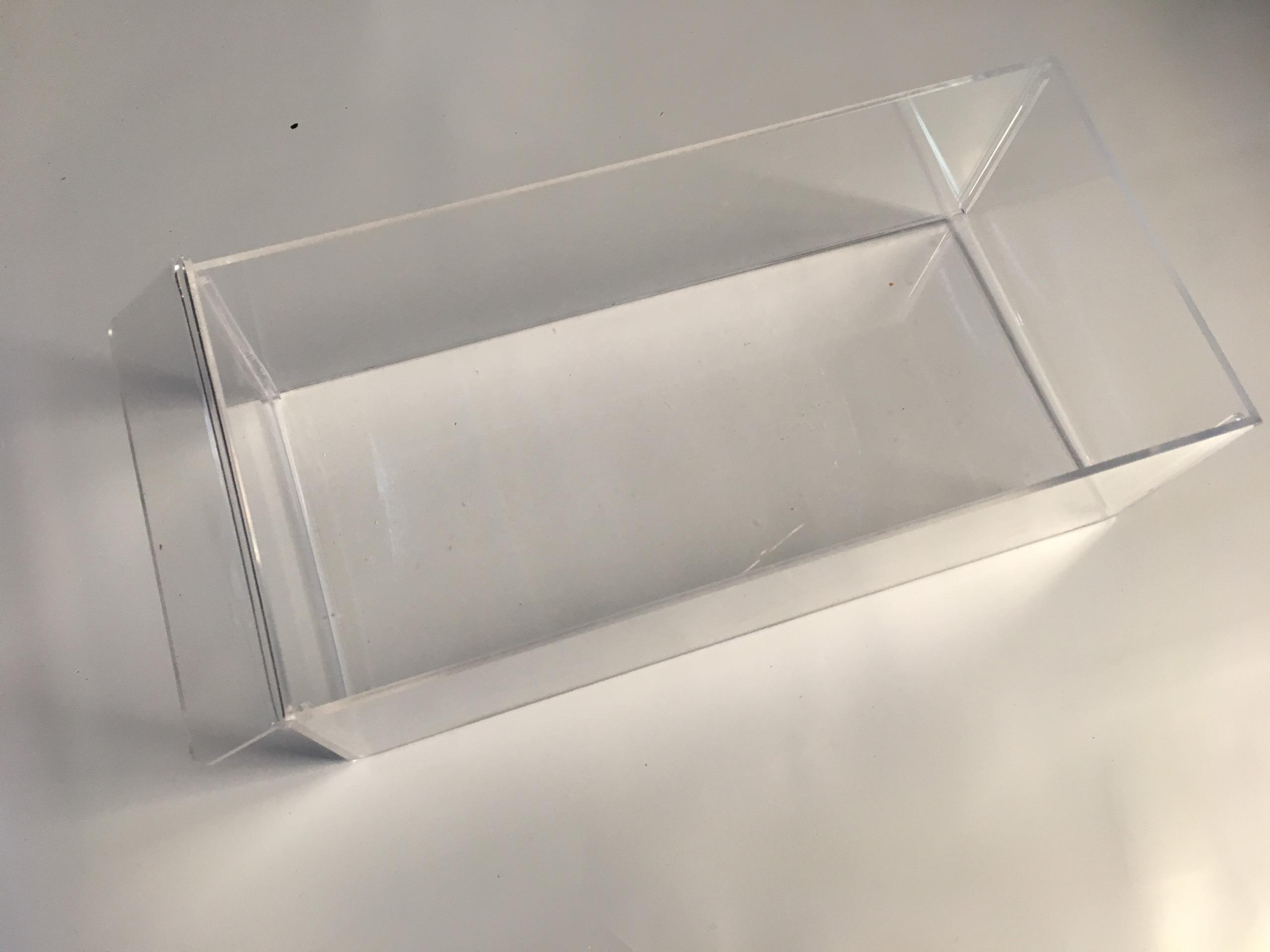 Khay hộp mica kỹ thuật