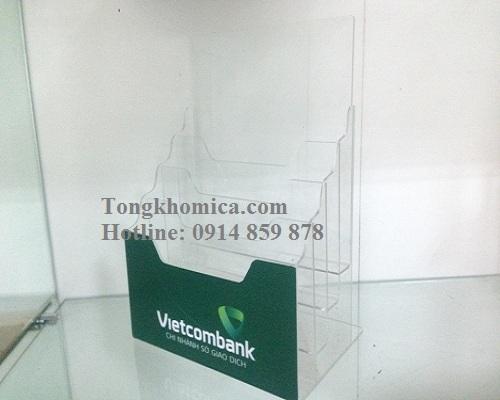 Kệ Mica Đựng Tờ Rơi Vietcombank